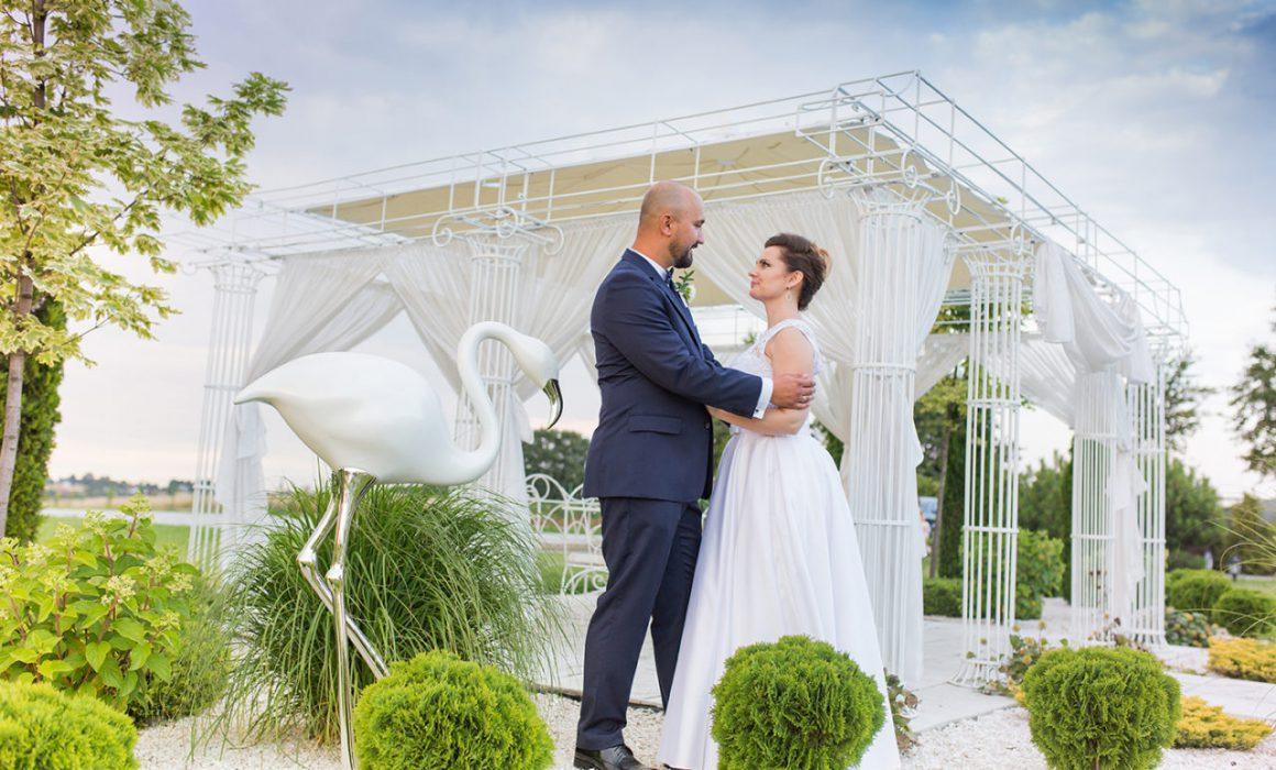 Ślub w plenerze. Fotograf slubny z Krakowa. Zdjęcia ślubne w Małopolsce. Fotoreportaż i dron ze ślubu.